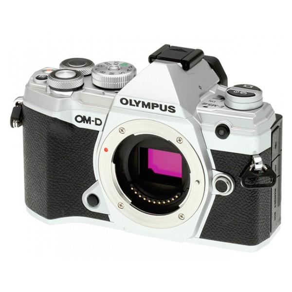Olympus E-M5 Mark III Cuerpo Plata + Batería Adic...